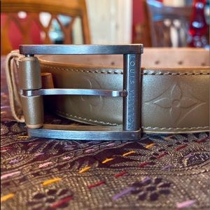 *Authentic* Louis Vuitton Leather Belt